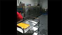 武汉大学枫园食堂洗唰唰带自动转弯洗碗机视频